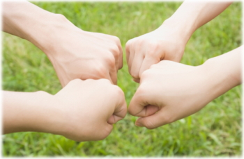 目的 中高年家族 生き残 元気 幸せ 暮らせるうになる」