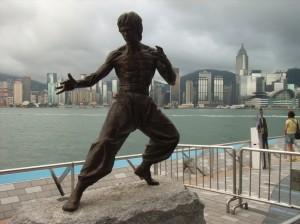 香港のブルース・リーの銅像